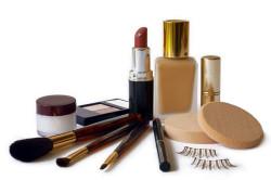 Набор косметики для макияжа