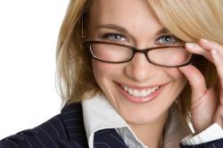Плохое зрение - противопоказание к наращиванию ресниц