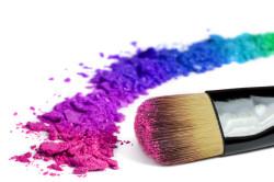 Подбор подходящей цветовой гаммы для косметики