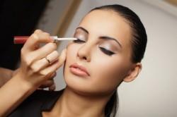 Нанесение make up