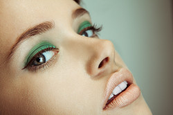 Зеленый make up