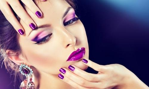 Завораживающий макияж в фиолетовых тонах