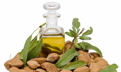 Польза миндального масла для ресниц