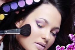Нанесение акварельного макияжа