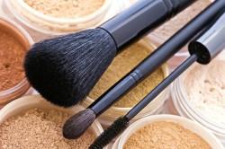 Бронзовые оттенки пудры для коррекции макияжа