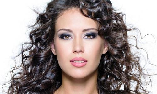 Красивый профессиональный макияж