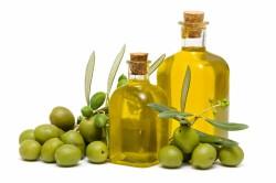 Польза оливкового масла  для демакияжа