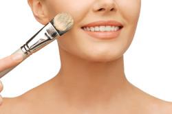 Тональный крем для маскировки дефектов кожи