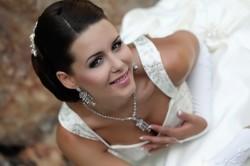 Сочетание свадебного макияжа со свадебным нарядом