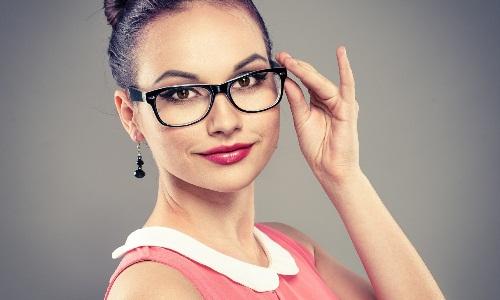 Макияж для тех, кто носит очки