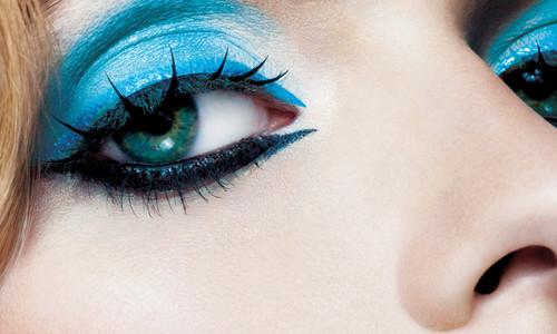 Красивый синий макияж